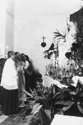 Ceremonia de bendición de la Virgen del Rocío en San Lázaro