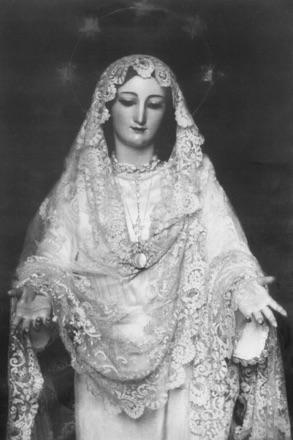 Estampa añeja y devocional de la Novia de Málaga a finales de los años treinta del siglo XX